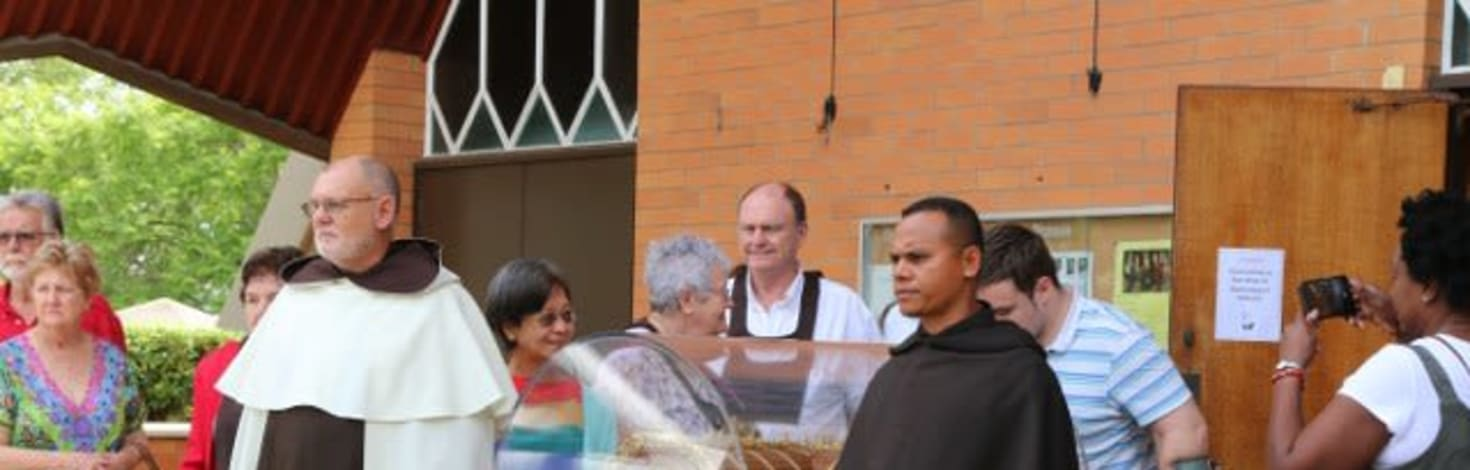St Therese visits Coorparoo, Queensland